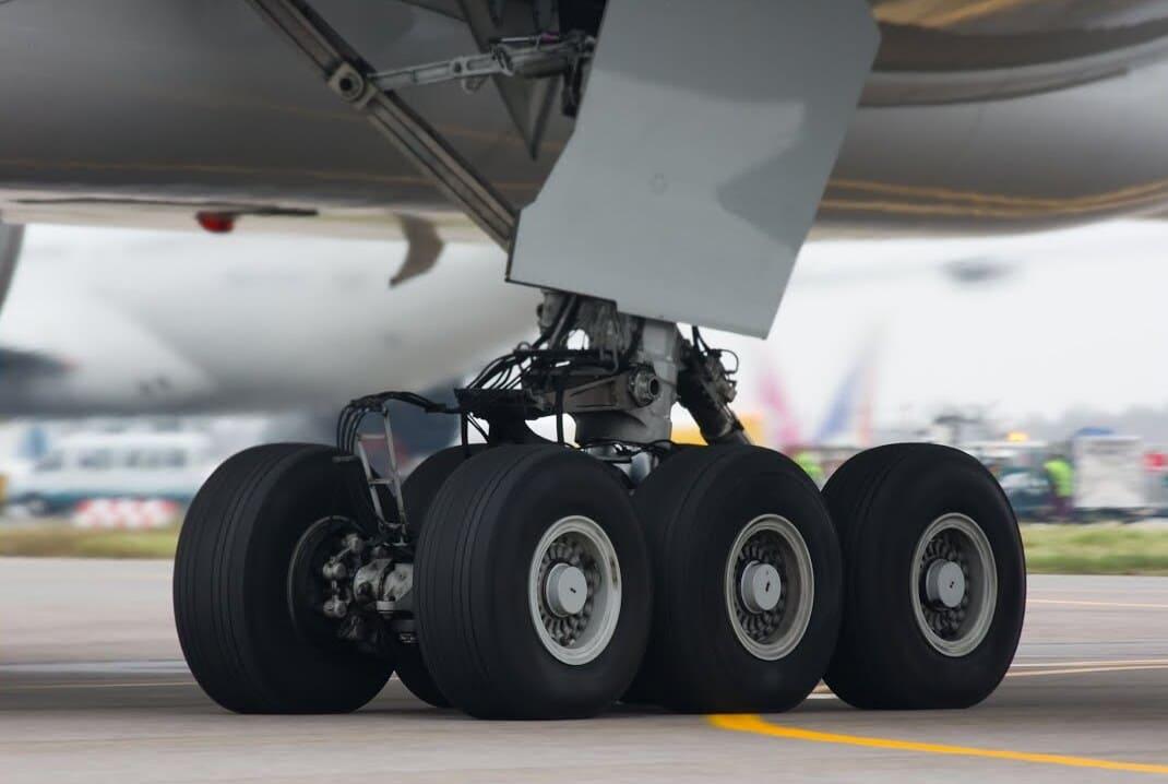 Train atterrissage performance avion formation ATPL théorique atplschool pilote de ligne avion reconversion métiere ligne - reconversion métier pilote de ligne