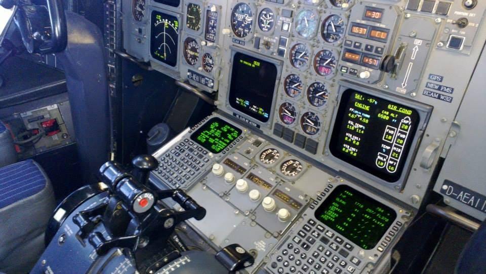 A310 Pedestal