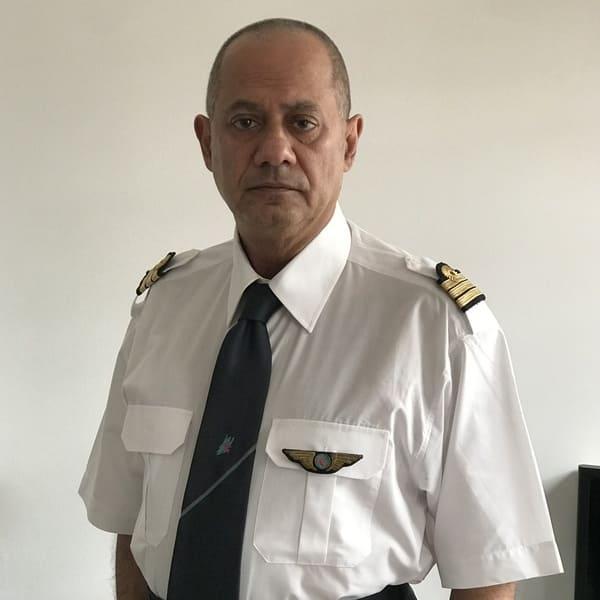 Eias Rahal instructeur Atplschool formation ATPL théorique avion pilote de ligne Ecole de pilotage professionnel