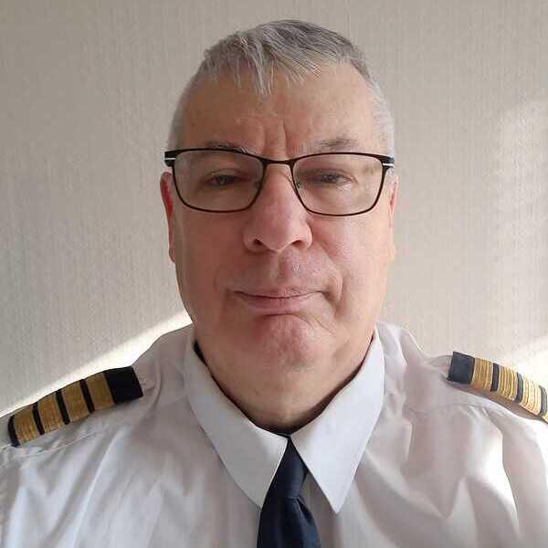 olivier Gleize instructeur formation ATPL théorique avion Ecole Atplschool de pilotage professionnel